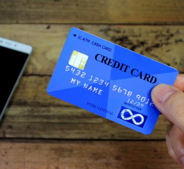 【急な引っ越し】引っ越し費用はクレジットカードで払えるのか?